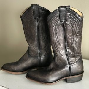 Frye Cowboy Boot Size 6 - NEW
